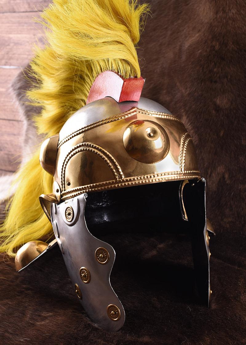 1723081010e helm witcham gravel helmet mittelalter