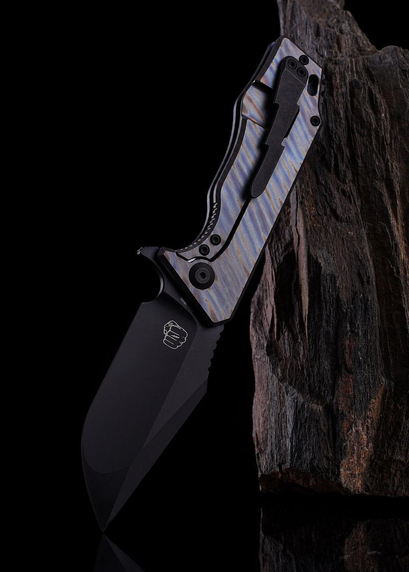 Cuchillo plegable J-Cape V3.5, flameado, flipper SOC-JC35-003A