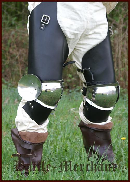 1016690100 Protector de rodillas de acero con accesorios de cuero