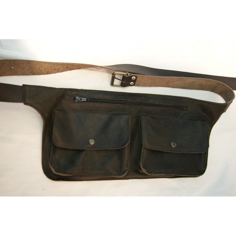 rinonera de piel con doble bolsillo marron