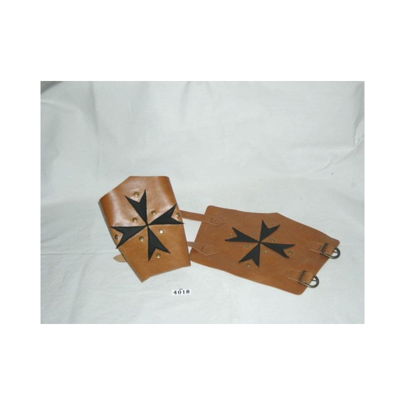 brazalete cruz de malta marron negro