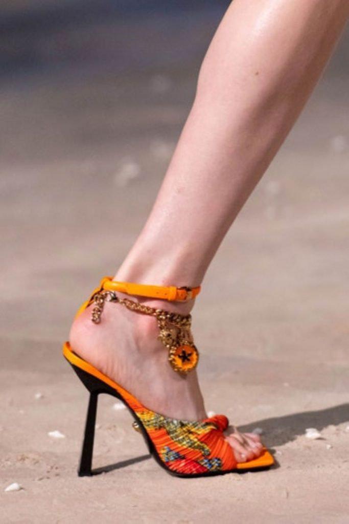 6 modelos de zapatos que dejarán de ser tendencia en el 2021