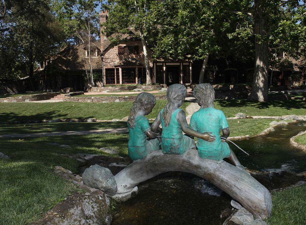 Se vende el Rancho Neverland de Michael Jackson, decoración 2020